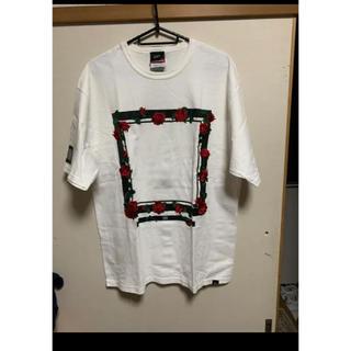 エルヴィア(ELVIA)のELVIRA Tシャツ 薔薇 白(Tシャツ/カットソー(半袖/袖なし))