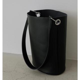 エンフォルド(ENFOLD)のRIM.ARK リムアーク Leather bucket bag バケツバッグ(ショルダーバッグ)