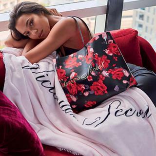 ヴィクトリアズシークレット(Victoria's Secret)のラス1‼️VS トートバッグ&ブランケットセット❤︎新品(その他)