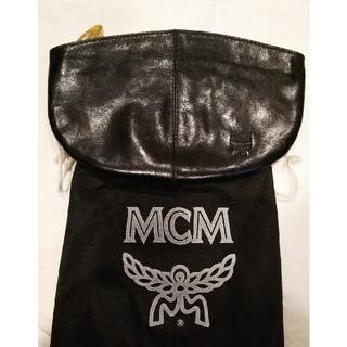 MCM - MCM黒クラッチバッグ