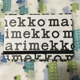 マリメッコ(marimekko)のmarimekko カードケース 雑誌付録(その他)