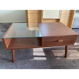 イケア(IKEA)のテーブル(ローテーブル)
