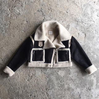SALE ✧新品✧ Juemi Short Mouton Jacket(ムートンコート)