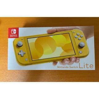ニンテンドースイッチ(Nintendo Switch)のNintendo switc lite イエロー(携帯用ゲームソフト)