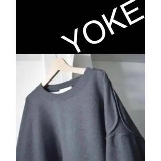 ワンエルディーケーセレクト(1LDK SELECT)のyoke   新品未使用(パーカー)