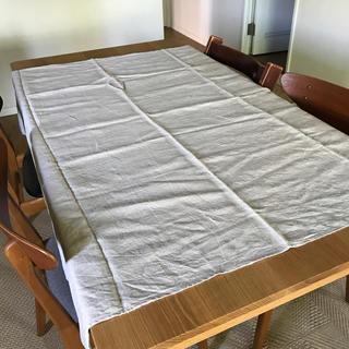 フォグリネンワーク(fog linen work)のfog リネンテーブルクロス ナチュラル 130×130(テーブル用品)