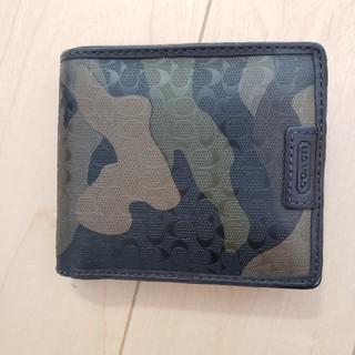 コーチ(COACH)のCOACH コーチ 財布<迷彩>(折り財布)