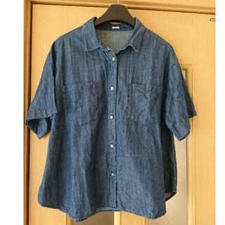 ジーユー(GU)のGU    レディース   デニムシャツ    Lサイズ(シャツ/ブラウス(半袖/袖なし))