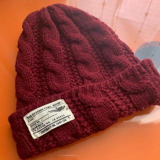 スピンズ(SPINNS)のニット帽 ボルドー(ニット帽/ビーニー)