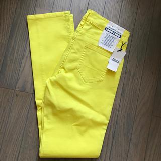 ウエストウッドアウトフィッターズ(Westwood Outfitters)の黄色デニムパンツ(デニム/ジーンズ)
