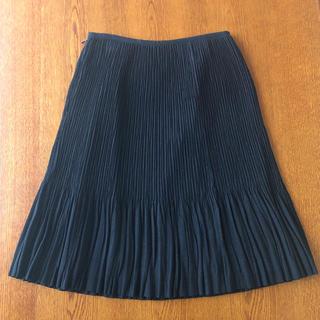 ヨンドシー(4℃)のプリーツスカート(ひざ丈スカート)