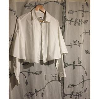 マルタンマルジェラ(Maison Martin Margiela)のMM6 デザインシャツ 白シャツ(シャツ/ブラウス(長袖/七分))