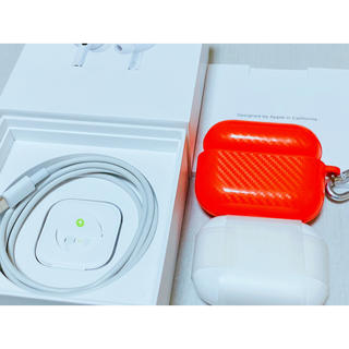アップル(Apple)の保証あり Apple AirPods Pro MWP22J/A ケース付(ヘッドフォン/イヤフォン)