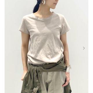 アパルトモンドゥーズィエムクラス(L'Appartement DEUXIEME CLASSE)のLACAUSA C/N LUXE FRANK TEE Oatmealアパルトモン(Tシャツ(半袖/袖なし))