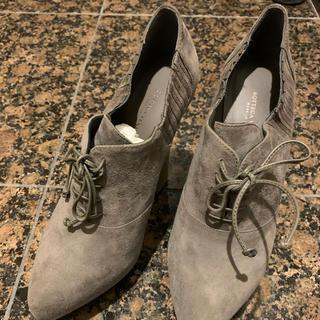 Bottega Veneta - ボッテガヴェネタ ブーツ ヒール グレー スウェード 新品未使用