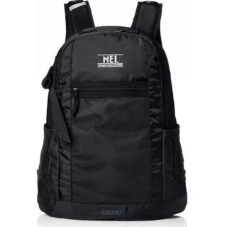 エムイーアイリテールストア(MEIretailstore)の着用のみの美品 mei ブラック 軽量 BACKPACK BAG バッグ(リュック/バックパック)
