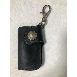 レッドムーン(REDMOON)のredmoon Keychain black (キーホルダー)