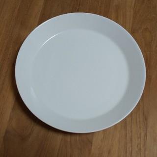 イッタラ(iittala)のiitala ティーマ 26cmプレート(食器)