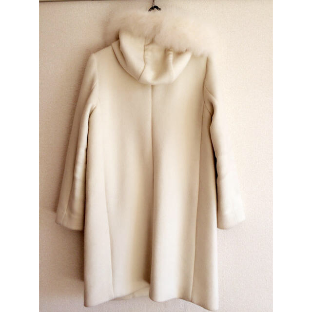 MISCH MASCH(ミッシュマッシュ)のMISCHMASCHホワイトコート レディースのジャケット/アウター(ロングコート)の商品写真
