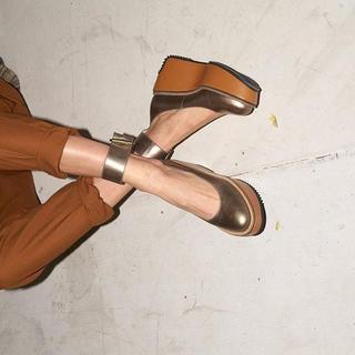 ヴィヴィアンウエストウッド(Vivienne Westwood)のヴィヴィアン✴︎靴(ローファー/革靴)