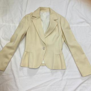 エニィスィス(anySiS)のany sis テーラードジャケット オフホワイト ジャケット(テーラードジャケット)