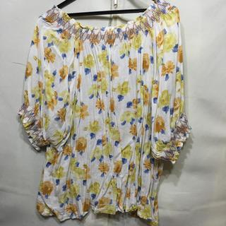 花柄トップス(Tシャツ(長袖/七分))