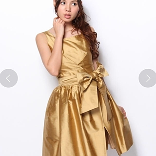 ティアラ(tiara)の【最終値下げ】新品・未使用 タグ付き Tiara 2wayドレス ワンピース(ひざ丈ワンピース)