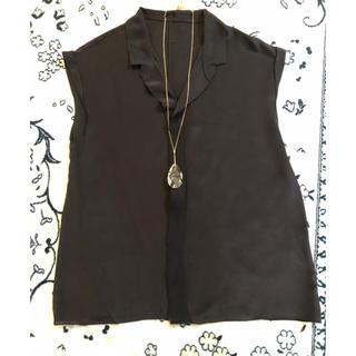 トゥモローランド(TOMORROWLAND)の美品 トゥモローランド  ブラウス(シャツ/ブラウス(半袖/袖なし))