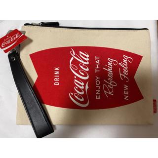 ジーユー(GU)のGU コカコーラ コラボ クラッチバッグ カジュアル ストリート ボーイッシュ(クラッチバッグ)