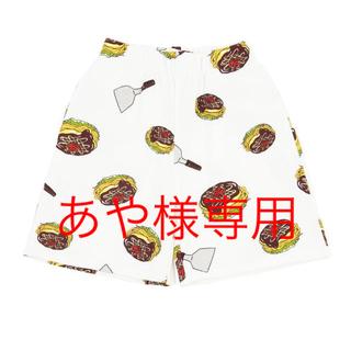 プニュズ(PUNYUS)の【新品】お好み焼き総柄スウェットショーパン PUNYUS  (ショートパンツ)