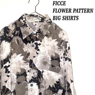 フィッチェ(FICCE)のFICCE フィッチェ 花柄 フラワーパターン 総柄 ビッグ シャツ 古着 (シャツ)