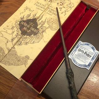 ユニバーサルスタジオジャパン(USJ)のハリーポッターの杖&ホグワーズ城の地図(SF/ファンタジー/ホラー)