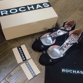ロシャス(ROCHAS)の新品 未使用 ロシャスストラップパンプス ロシャス ヒール 黒 ブラック(ハイヒール/パンプス)