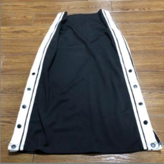 スピンズ(SPINNS)のタイトスカート(ひざ丈スカート)