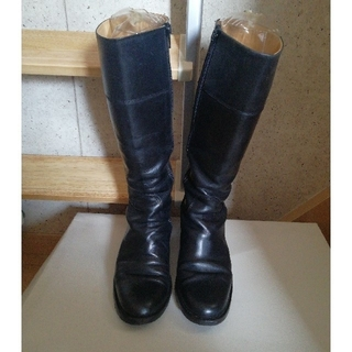 サヤ(SAYA)のSAYAレザーブーツ22.5cm/黒(ブーツ)