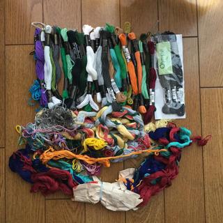 オリンパス(OLYMPUS)の刺繍糸おまとめと刺繍枠(生地/糸)