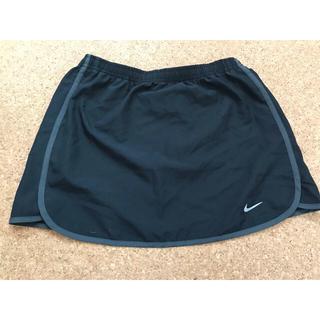 ナイキ(NIKE)のNIKE スカート ランニングウェア トレーニングウェア(ウェア)