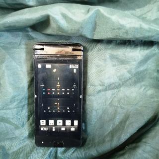 エヌティティドコモ(NTTdocomo)の激安通話プラン可 MVNO ドコモ ガラケー CA-01C(携帯電話本体)