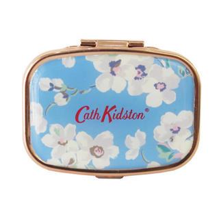 キャスキッドソン(Cath Kidston)のリップバームコンパクト  ブロッサム CathKidston 新品未使用(リップグロス)