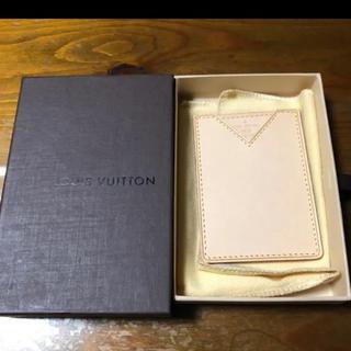 ルイヴィトン(LOUIS VUITTON)の[非売品 ノベルティ] ルイヴィトン パスケース(パスケース/IDカードホルダー)