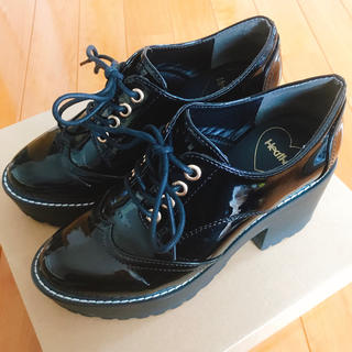 ヘザー(heather)のレースUPヒールマニッシュ(ローファー/革靴)