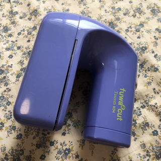 テスコム(TESCOM)の毛玉取り 単一乾電池式(掃除機)