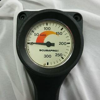 スキューバプロ(SCUBAPRO)のSCUBAPRO 残圧計カバー付(マリン/スイミング)