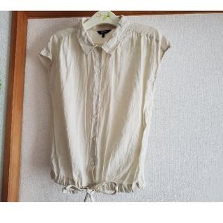 ジュンコシマダ(JUNKO SHIMADA)のジュンコ シマダ パート2  Mサイズ 生成色トップス 麻&綿(カットソー(半袖/袖なし))