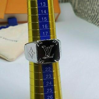 ルイヴィトン(LOUIS VUITTON)のサンバ様専用!《№554》LOUIS VUITTON メンズ リング Mサイズ(リング(指輪))