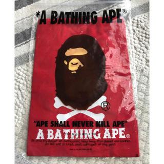 アベイシングエイプ(A BATHING APE)の新品 APE エイプ バッグ 巾着 赤 リュック A BATHING APE(バッグパック/リュック)