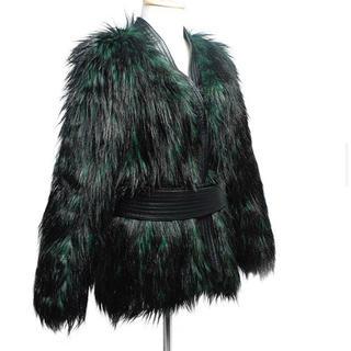 バルマン(BALMAIN)の送料無料 H&M × BALMAIN ファージャケット バルマン 黒 緑(毛皮/ファーコート)