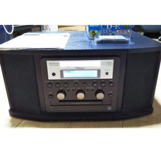 【おまけ付】TEAC/ターンテーブル付CDレコーダー「GF-350」(ポータブルプレーヤー)