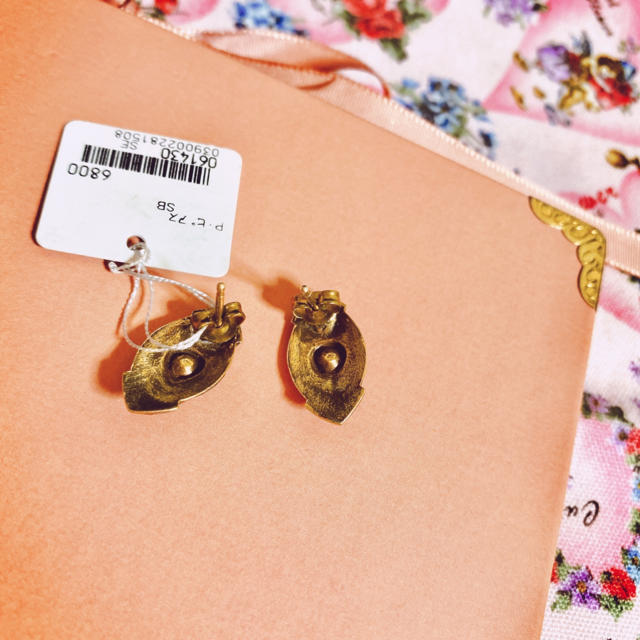Lily Brown(リリーブラウン)の【新品未使用・ヴィンテージ】アクセサリー レトロ アンティーク ビンテージ レディースのアクセサリー(ピアス)の商品写真