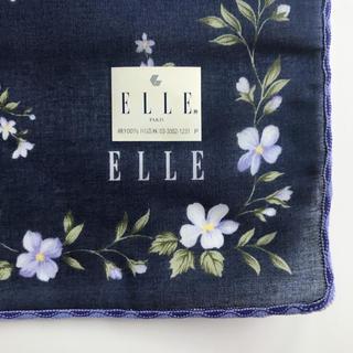 エル(ELLE)の【ELLE】 ネイビー 花柄 ハンカチ 即購入OK(ハンカチ)